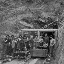 Chiringuitos, modelos productivos y la revolución industrial
