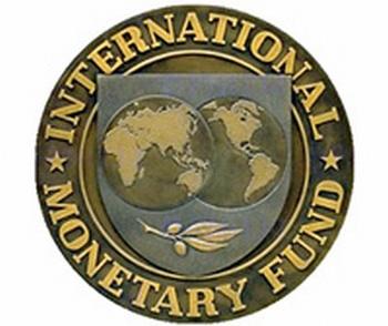 El FMI pide a España bajar sueldos un 10%