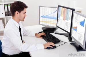 ¿A qué se dedican los analistas financieros?
