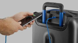 bluesmart-maleta-conecta-movil