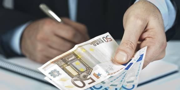 """Banco de España no espera """"grandes alegrías"""" salariales, pero si una recuperación gradual de los sueldos 1"""