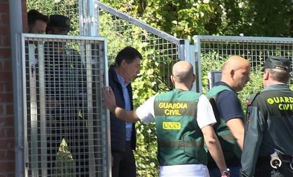 Prisión incondicional para Ignacio González y libertad bajo fianza de 100.00 euros para López Madrid 1