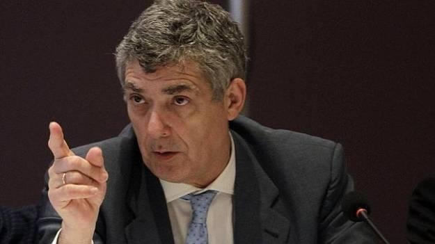 Detienen al presidente de la Federación de Fútbol, Ángel María Villar, y a su hijo 1