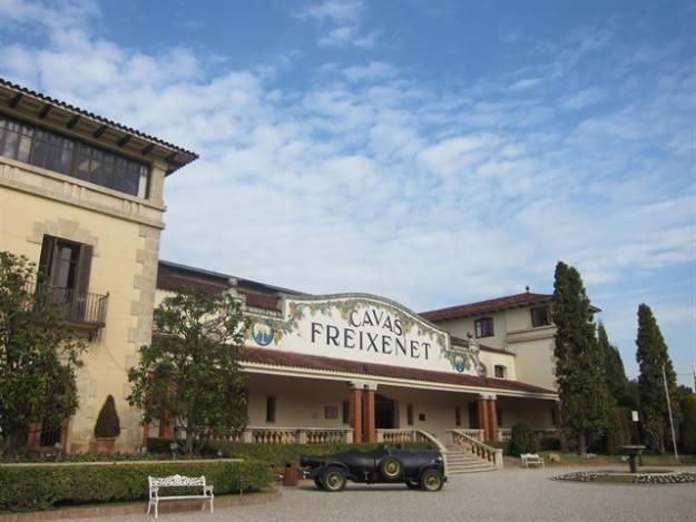 Freixenet podría sacar su sede social fuera de Cataluña 1