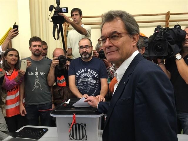 """Artur Mas dice que Cataluña no está lista para """"la independencia real"""" 1"""