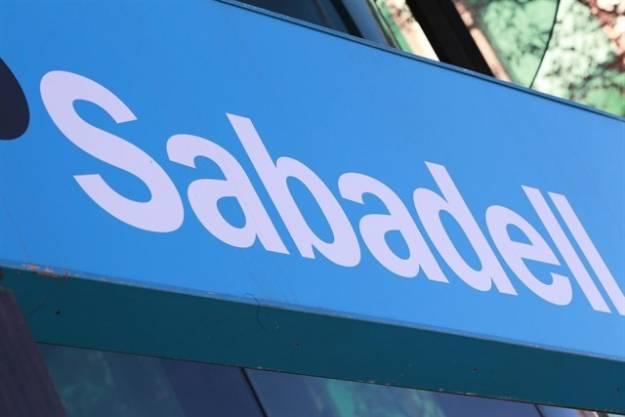 Los bancos catalanes 'pagan' en Bolsa el desafío independentista 1