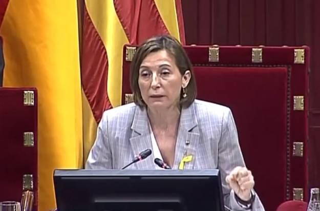 El Parlament declara la independencia de Cataluña 1