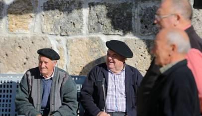 Las pensiones perderán unos 350 euros al mes de poder de compra por las últimas reformas