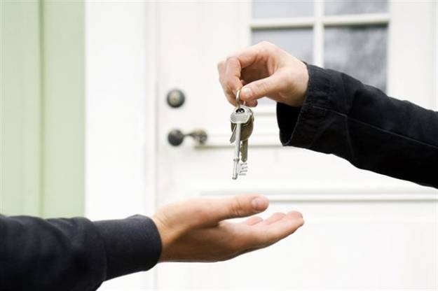 La compraventa de viviendas se recupera y se dispara un 20% en un mes 1