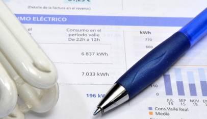 El precio de la luz toca en septiembre niveles máximos de enero de 2017 y encarecerá el recibo un 16%
