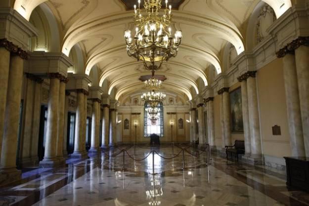 Segundo día de deliberación del Supremo sobre el impuesto de hipotecas con un Pleno dividido