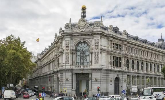Banco de España empeora las previsiones y prevé que el PIB caiga hasta el 12,6% 1