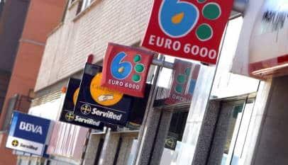 El Lunes entra en vigor el decreto que impide a bancos cobrar comisión de más de 3€ por una cuenta básica