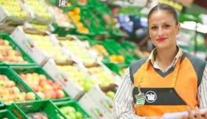 Mercadona busca universitarios para trabajar los fines de semana por 663€