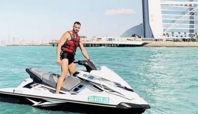 Un millonario busca asistente para acompañarlo en sus viajes por 46.000 euros