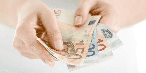 La OCU pide una reforma contra los abusos en los créditos rápidos al consumo 1