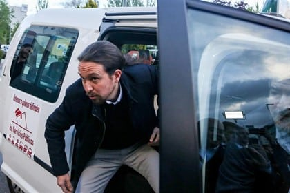 Cabify afirma que paga impuestos en España e invita a Pablo Iglesias a visitar su sede