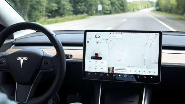 Otro accidente mortal de un Tesla con autopilot 1