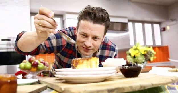 La burbuja gastronómica: La cadena de restaurantes del chef británico Jamie Oliver entra en quiebra