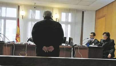 La Justicia 'libera' a un pensionista de 70 años de seguir manteniendo económicamente a su hija de 38
