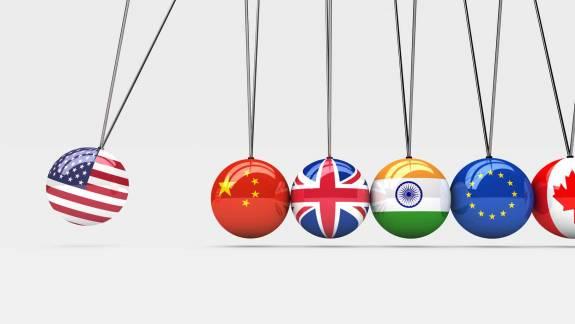 Cómo la guerra comercial y la posibilidad de un Brexit sin acuerdo dañan el crecimiento