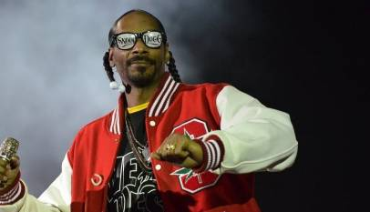 El rapero Snoop Dogg tiene un empleado solo para liar sus porros que cobra más de 40.000€ al año