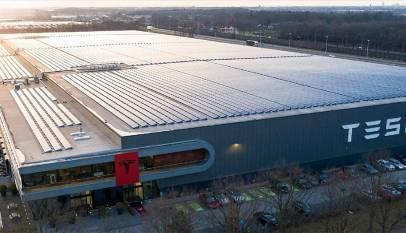 Cataluña se cayó en el último minuto para albergar la fábrica de Tesla