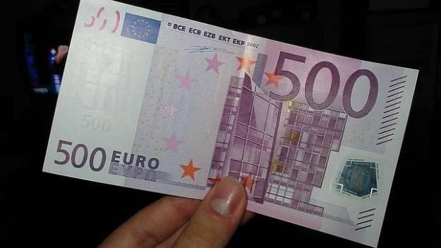 El euribor borra las subidas de los últimos días y los euros cambian de firma