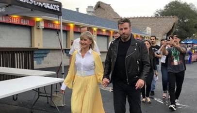 Épico vídeo: John Travolta y Olivia Newton-John vuelven a ser Danny y Sandy 41 años después de Grease
