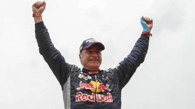 Carlos Sainz gana su tercer Dakar a los 57 años 1