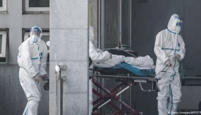 Las bolsas chinas se desploman ante la expansión del coronavirus