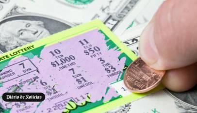 Ganó 4 millones de dólares en la lotería americana, pero como no sabe inglés lo estafan y solo cobra 4,000