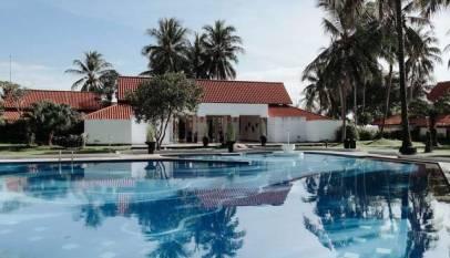 Los dueños de una villa de lujo de Ibiza ofrecen 2.300€ al mes a una pareja para que viva allí