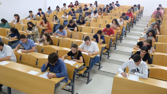 El Gobierno de Italia decreta una aprobado general a todos los estudiantes 1