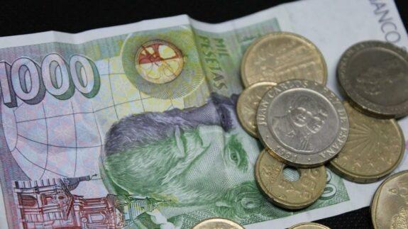 El 31 de diciembre acaba el plazo para cambiar las pesetas a euros y aún tenemos muchas 1