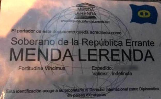 """Detenido por presentar a la Guardia Civil un permiso de conducción de la """"República Errante Menda Lerenda"""" 1"""