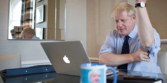 Reino Unido olvidó registrar casi 16.000 positivos porque su Excel no admitía más filas 1
