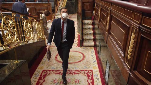 Sánchez huye del Congreso tras escuchar a Illa sin oír las críticas del resto de los partidos 1