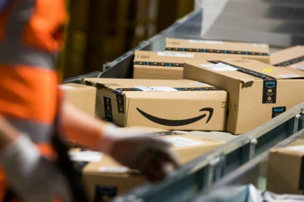 Amazon busca 200 empleados y ofrece contrato fijo desde 1.200€ mensuales 1