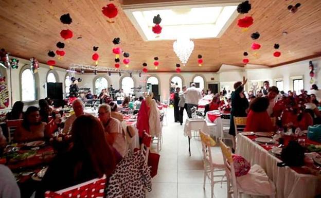 Multa de 51.000 euros por la boda en Almería que congregó a 97 personas sin mascarilla 1