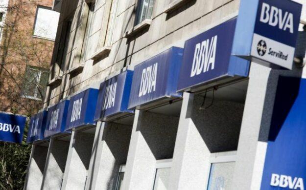 BBVA el primer banco español en atreverse a cobrar a particulares por depósitos de más de 100.000 euros 1
