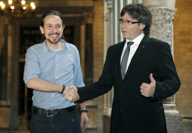 Podemos dice que la RAE define a Puigdemont como exiliado 1