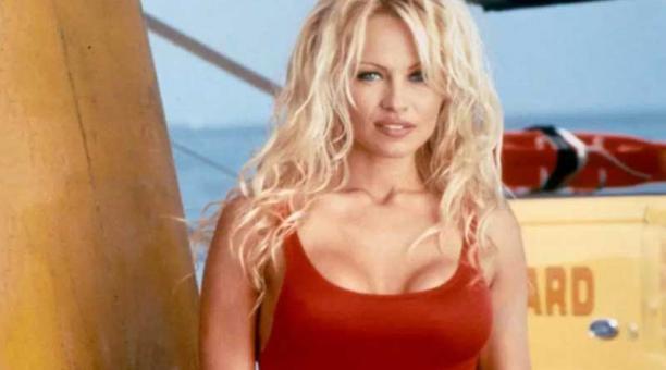 Pamela Anderson y su marido no han salido de la cama desde que se casaron en Diciembre 1