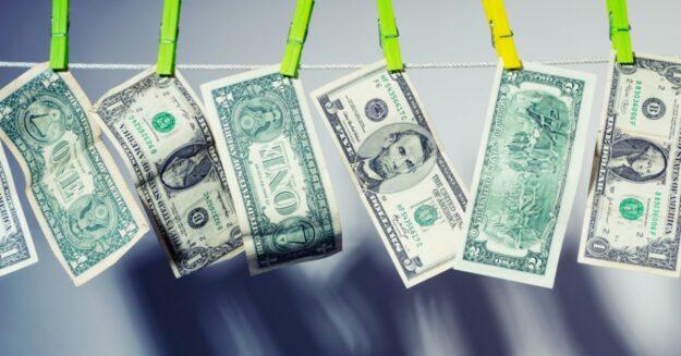 El dinero es cada vez más sucio 1