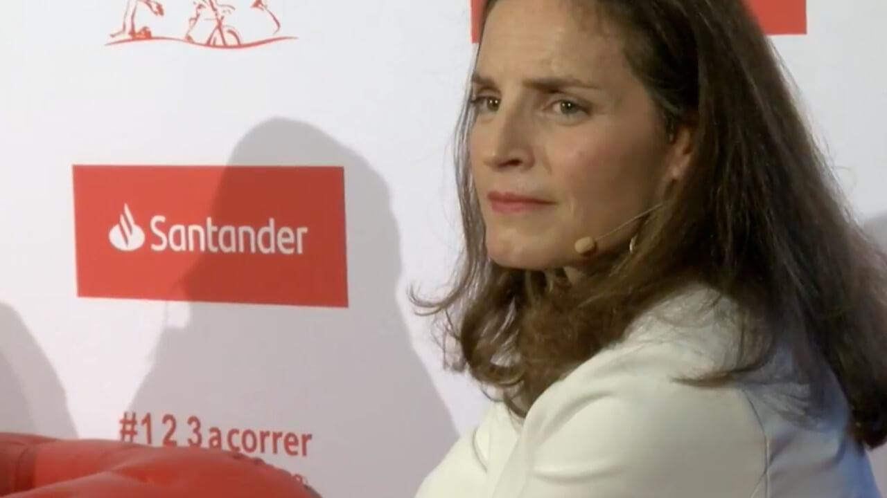 Banco Santander ficha a Nathalie Picquot, la polémica exdirectora de Twitter España 1