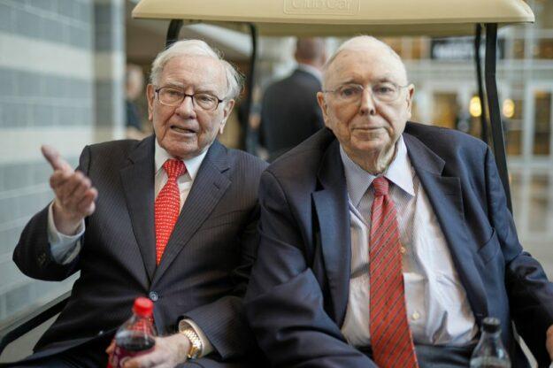 ¿Qué opina uno de los mejores inversores de la historia a sus 97 años? 1