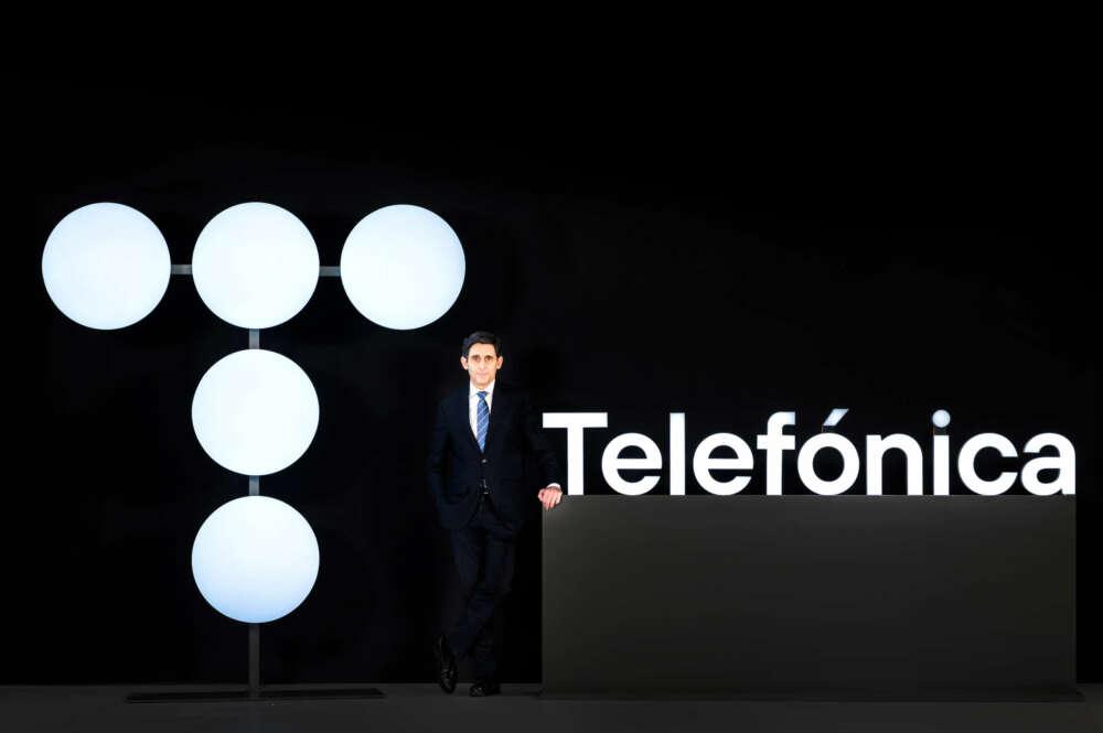 Telefónica cambia su logo que recuerda al clásico 1