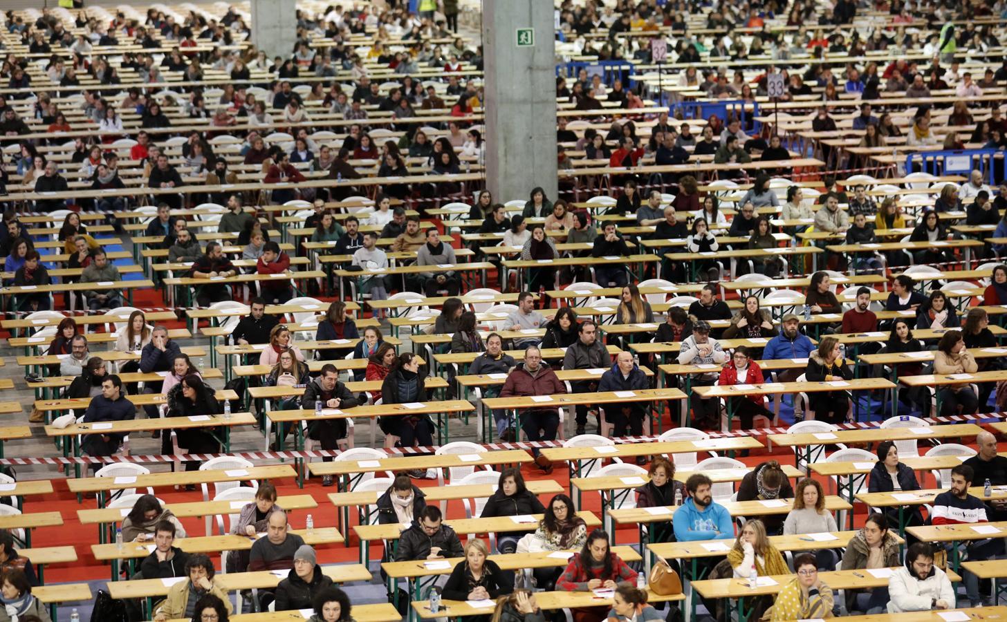 150.000 personas se presentan mañana al examen para 3.421 plazas en Correos 1