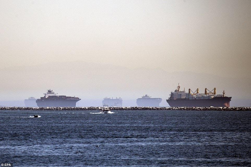 El atasco en el transporte mundial que podría amargarnos las navidades 1